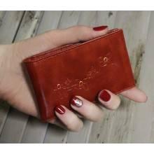 Футляр для кредитных и дисконтных карт ВМ-9 Мэри красный Kniksen